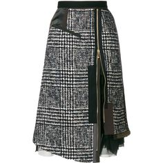 Get playful with shapes by shopping the designer asymmetric skirts edit at Farfetch. The most exciting draped skirts are here to shop now. Look Fashion, Diy Fashion, Fashion Outfits, Womens Fashion, Fashion Design, Fashion Trends, Skirt Outfits, Cool Outfits, Creation Couture