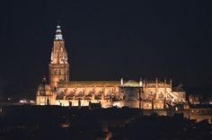 Cathédrale de Toledo by night