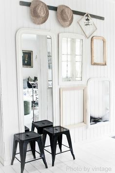 Vintage Mirror Display ¤♡¤ The first one on the left looks like my Mirrors! Interior Styling, Interior Decorating, Interior Design, Shabby, Vintage Mirrors, Scandinavian Home, White Houses, Beautiful Interiors, Entryway Decor