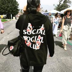 Publicación de Instagram de @antisocialsocialclub • Abr 2, 2018 at 3:22 UTC