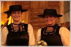Bezirksmusikfest Alberschwende - Donnerstag - Eröffnungs-Festakt - hubce   Bregenzerwald News German, Fashion, Crochet Angels, Thursday, Musik, Woman, Nice Asses, Deutsch, Moda