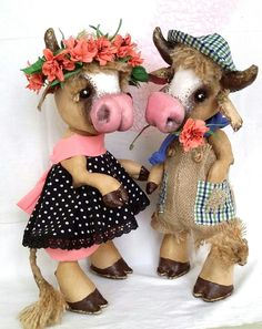 Toddler Toys, Kids Toys, Cow Parade, Farm Fun, Cute Cows, Fabric Toys, Crochet Toys, Gifts For Kids, Halloween Decorations