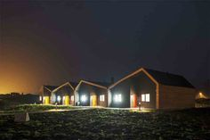 Driv Arkitekter | Boliger Træna Cabin, House Styles, Home Decor, Decoration Home, Room Decor, Cabins, Cottage, Interior Design, Home Interiors