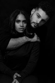 Couple Photoshoot Poses, Couple Portraits, Studio Portraits, Couple Shoot, Studio Photography Poses, Portrait Photography, Black And White Couples, Photo Couple, Photo Poses