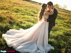 Jessa Duggar-Ben Seewald beautiful dress