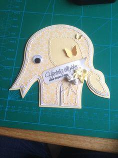 Elefant. Donna kort. Håndsyet.