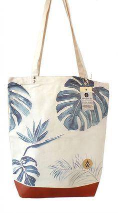 Annet Weelink  -Tote Bag Tropic Verkrijgbaar bij www.opeengrotepaddestoel.nl