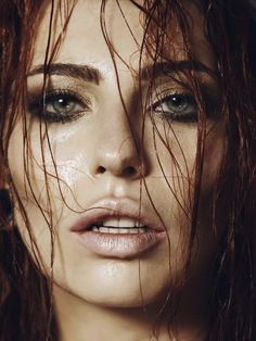 Masha Sedgwick Portrait / Bronze Shooting / wet hair makeup