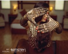 We have compiled the most stunning Mehndi designs, nowadays mehendi is applied across all cultures, with people across the globe … Mehendi Photography, Indian Wedding Couple Photography, Bride Photography, Photography Ideas, Photography Portraits, Fashion Photography, Stylish Mehndi Designs, Bridal Mehndi Designs, Mehandi Designs