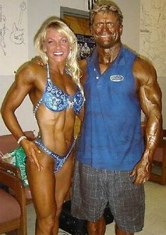 Couples Who are Truly Together - bemethis funny photos humour funny pictures funny pics funny jokes funny animals funny people Ugly Couples, Beaux Couples, Couples In Love, Tan People, Crazy People, Funny People, Strange People, White People, Bodybuilding