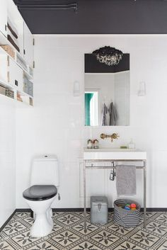 these floor tiles! white square tiles high up storage is interesting bling on the mirror my scandinavian home: A stunning Malmö home Laundry In Bathroom, My Scandinavian Home, Home Decor, Bathroom Paint Colors, Painting Bathroom, Bathroom Decor, Swedish House, Bathroom Inspiration, Tile Bathroom