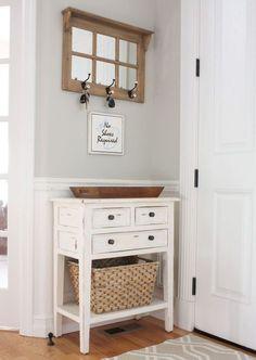 Awesome 55 Genius Small Apartment Decorating Ideas on A Budget https://decorecor.com/55-genius-small-apartment-decorating-ideas