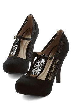 Gander at Glamour Heel in Black. Take one lovely look at these black heels and youre sure to fall in love! #black #modcloth #blackhighheelslace