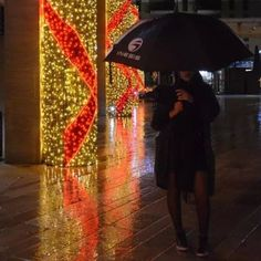 #Me #Night #Lights #France #AixEnProvence #Chrismas #Rain #Umbrella #Cute #Girl #FrenchBlogger #FashionBlogger #Noel #Décoration #December #Ornaments #Shine #City #Red #Style #LipStick #Lips #Beauty #Love #Follow #Happy #Look #Sneakers