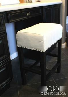 DIY Furniture / DIY Cheshire Vanity Stool - CotCozy