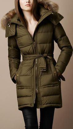 Looking for the latest in winter fashion? Try one of these Moncler Jackets Sweater Weather, Puffer Jackets, Winter Jackets, Winter Coats, Down Coat, Winter Wear, Winter Wardrobe, Moncler, Winter Outfits