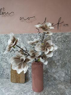 A beautiful faux flower on stem. Super quality and look great in a tall case. The picture show two in a vase, price is per stem measures around Faux Flowers, Pretty Flowers, Dried Flowers, Vintage Lanterns, Vintage Decor, Sheepskin Rug, Dark Interiors, Pampas Grass, Tall Vases