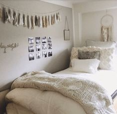 20 Easy Ways For DIY Dorm Room Decor Ideas. Easy Ways For DIY Dorm Room Decor Ideas If you're a college freshman living in your own dorm, you've probably noticed that it is quite a task to […]