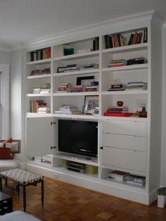 Love the hidden tv!