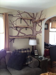 Tree shelves - inspiration for cat tree house. Lovely way to make the cat…