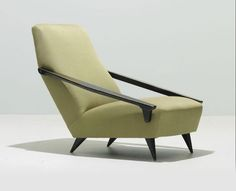 Armchairs by Gio Ponti | Italian Ways