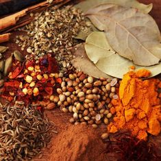 Herbs, Spices, and Natural Skincare Natural Makeup, Natural Skin Care, Organic Herbs, Drying Herbs, Herbal Tea, Alternative Medicine, Deodorant, Sage, The Balm