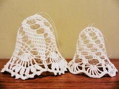 inserzione di Etsy su https://www.etsy.com/it/listing/207675218/crochet-bells-set-of-2-sizes-3-and-35