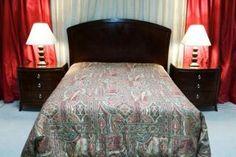 Harrah's Queen bedroom set! Headboard with 2 nightstands $177.00