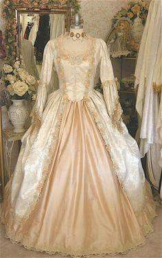 39 Ideas Dress Vintage Victorian Etsy Source by Kleider Old Fashion Dresses, Old Dresses, Pretty Dresses, Vintage Gowns, Vintage Outfits, Dress Vintage, Victorian Fashion, Vintage Fashion, Victorian Dresses