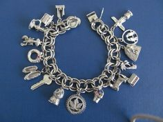 Vtg STERLING SILVER CHARM BRACELET 16 Beehive Dog Owl Wreath Birds Key 62 g EX! | eBay