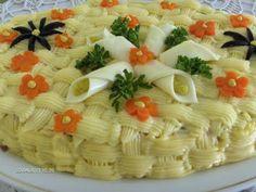 Bucataria Alynusei: Salata boeuf Pasta Salad, Carne, Ethnic Recipes, Pork, Salads, Crab Pasta Salad