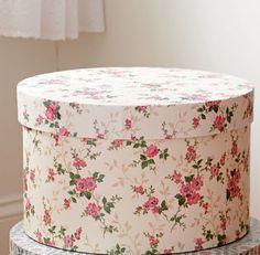 LatteLoves vintage hat box turned card box :  wedding brown card box diy hat box rope Hotbox Marthastewart