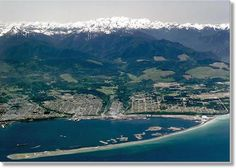 Port Angeles, Washington Western Washington, Washington State, Beautiful Places To Visit, Great Places, Yasmine Galenorn, Port Angeles Washington, Olympic Mountains, Evergreen State, Cascade Mountains