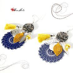 boucles d'oreilles moutarde bleu argent pompons créoles