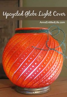 Upcycle your old glass globes inexpensively and easily to create beautiful outdoor table lighting or festive holiday decor. There is no limit to where a can of… Glass Light Globes, Glass Globe, Seasonal Decor, Fall Decor, Holiday Decor, Holiday Ideas, Christmas Decor, Pipe Lighting, Table Lighting