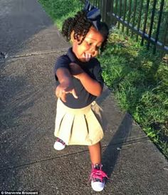 Meet 2-Year-Old Girl Who Melts Hearts Of Thousands With Back To School Walk  Photo