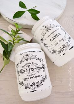 10 Tips for decorating with chic French Jars - ideas on how to easily decorate your home for any season Mason Jar Projects, Mason Jar Crafts, Mason Jar Diy, Recycled Jars, Mason Jar Centerpieces, Painted Jars, Ball Jars, Altered Bottles, Dollar Store Crafts