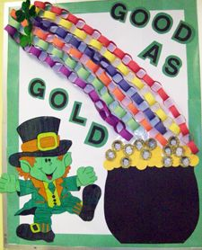"good as gold bulletin board with links for a rainbow! Add small pictures of children to mix in with the ""gold"" Seasonal Bulletin Boards, Preschool Bulletin Boards, Classroom Bulletin Boards, Classroom Crafts, Classroom Fun, Preschool Crafts, Bullentin Boards, March Crafts, St Patrick's Day Crafts"