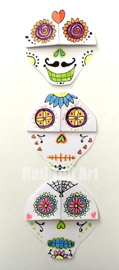 LOVE these Day of the Dead Sugar Skull Bookmarks. Where craftiness meets artiness!! ♥ So fun and a great project for the classroo! We do love Corner Bookmark Designs and this is a great one for Day of the Dead. Sugar Skulls are so beautiful.