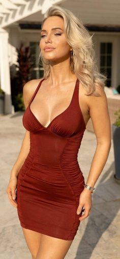Sexy Outfits, Sexy Dresses, Fashion Outfits, Beautiful Girl Image, Gorgeous Women, Looks Pinterest, Elegantes Outfit, Good Looking Women, Gorgeous Blonde