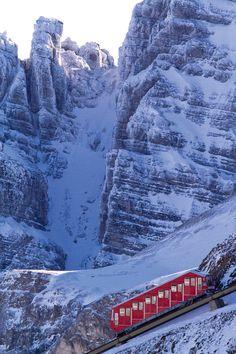 Axamer Lizum Skiing in Innsbruck, Austria Innsbruck, Ski Trips, Ski Touring, Ice Climbing, Cross Country Skiing, Free Prints, Snowboarding, Austria, Places To See