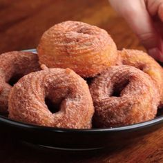 Chocolate-Stuffed Churro Donuts Recipe by Tasty - Desserts Easy Desserts, Delicious Desserts, Yummy Food, Healthy Desserts, Tasty Food Recipes, Creative Desserts, Snacks Recipes, Delicious Chocolate, Sweet Desserts