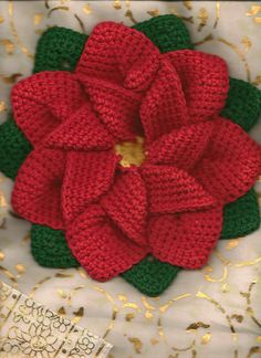 This is beautiful!  Wouldn't it make a great Christmas gift?      Ravelry: mamakayme's Christmas poinsettia flower
