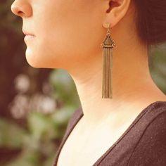 Brinco Triângulo Franjas Bronze - LAÇOS de FILÓ | acessórios femininos