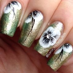 One stroke flower nails Gorgeous Nails, Pretty Nails, Flower Nails, Nail Flowers, One Stroke Nails, Nails First, Art Addiction, Nail Candy, Some Ideas