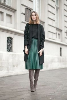 aaf6c0f386e Gorgeous Pleated Skirt Outfits  Whenever the word pleated skirt is  mentioned