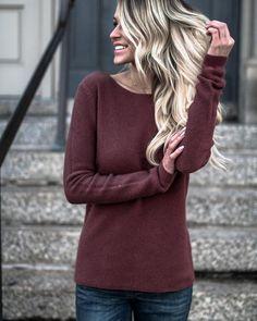 Novels Sweater - Rosewood