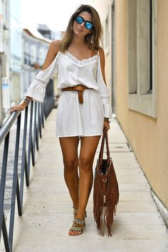 Cold Shoulder Lace Romper, You can collect images you discovered organize them, add your own ideas to your collections and share with other people. Boho Outfits, Casual Outfits, Summer Outfits, Fashion Outfits, Style Boho, Boho Chic, Petite Fashion, Boho Fashion, Street Fashion