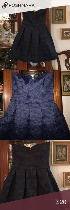 BNWT navy strapless dress Stunning navy dress, it has never been worn Dresses Strapless