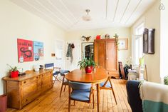Nid douillet au Centre-ville! Corner Desk, Centre, Canada, Room, Inspiration, Furniture, Home Decor, Apartments, Nest